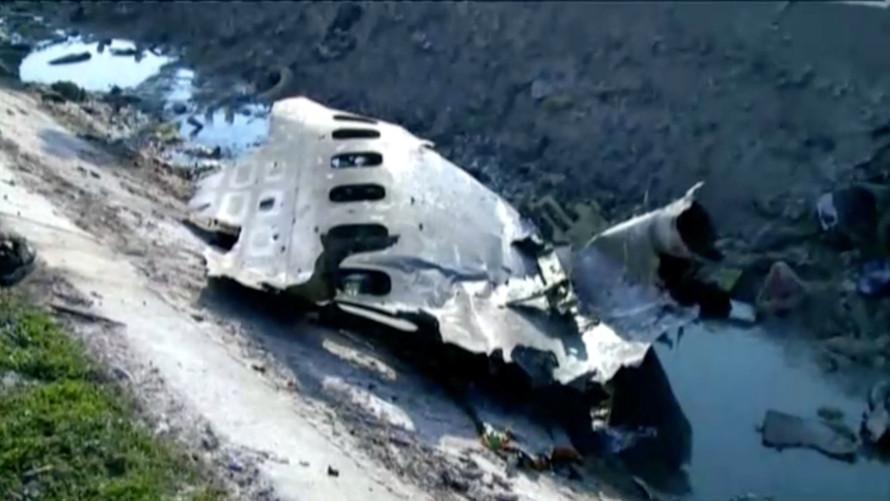 Một trong những động cơ của chiếc máy bay bị cháy ngay sau khi cất cánh