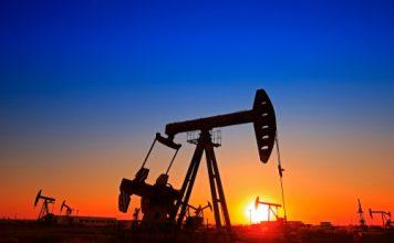 khai thác dầu thô