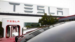 Tại Sao Cổ Phiếu Tesla Tăng Cao Hơn Vào Thứ Hai
